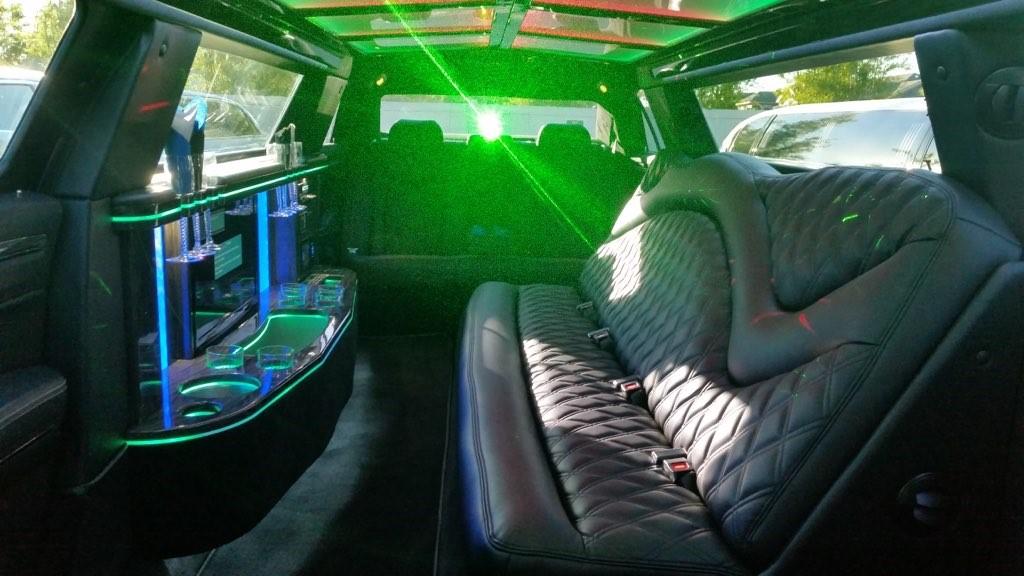 Black Chrysler 300 Limo Interior