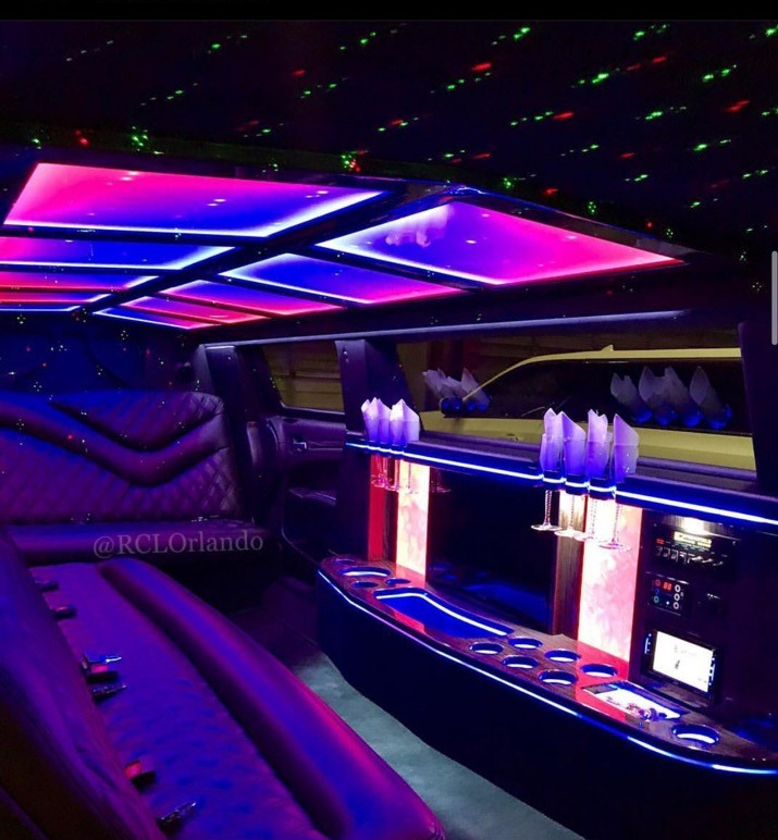 White-Stretched-Chrysler 300 Limo-Interior
